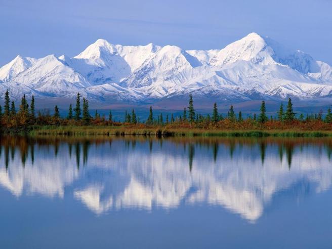 alaska-majestic-reflections-wallpaper-1